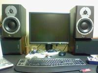 BM5A と Dell 2001FP の比較
