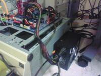 電源を取り付けた作業台
